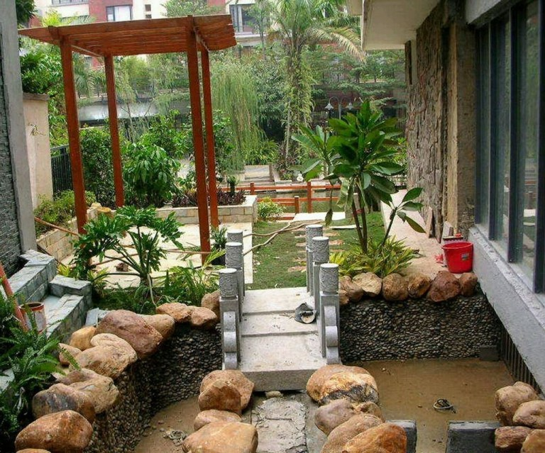 Small Garden Design Ideas With Awesome Design 36