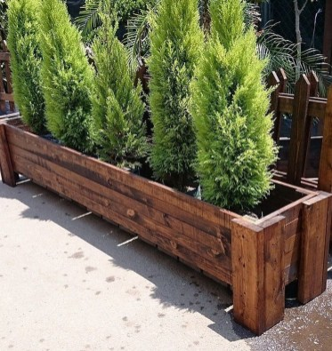 Amazingly Creative Long Planter Ideas for Your Patio 06