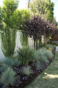 Amazingly Creative Long Planter Ideas for Your Patio 38