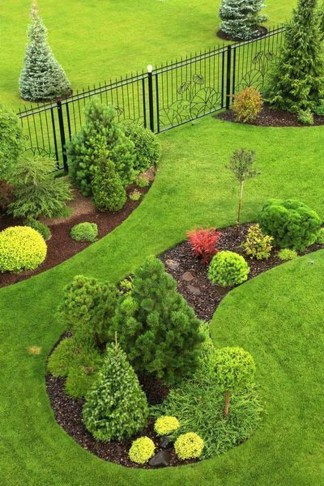 Beautiful Backyard Landscaping Design Ideas With Low Maintenance 13