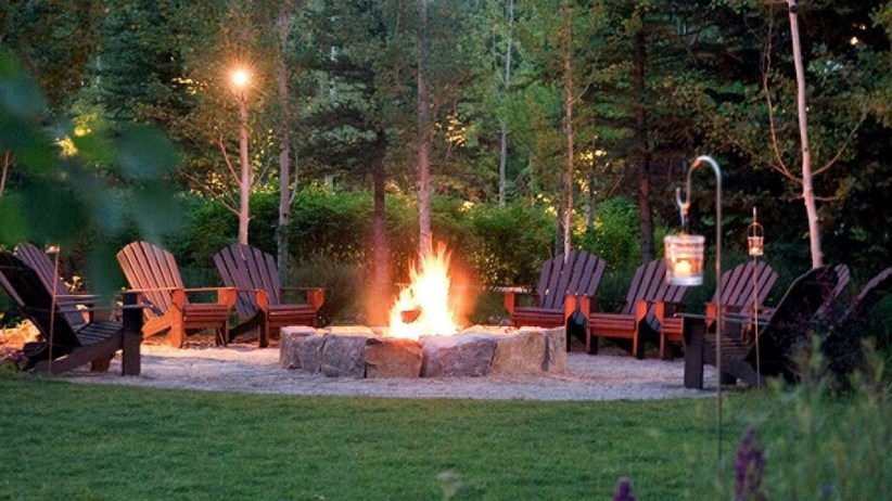 Best Outdoor Fire Pits Decorating Ideas For Spring 16