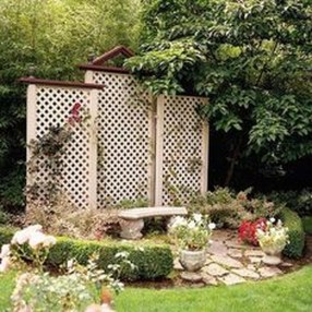 Cool DIY Garden Trellis Ideas 29