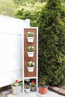 Cool DIY Vertical Garden for Front Porch Ideas 01