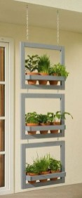 Cool DIY Vertical Garden for Front Porch Ideas 50