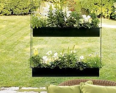 Cool DIY Vertical Garden for Front Porch Ideas 55