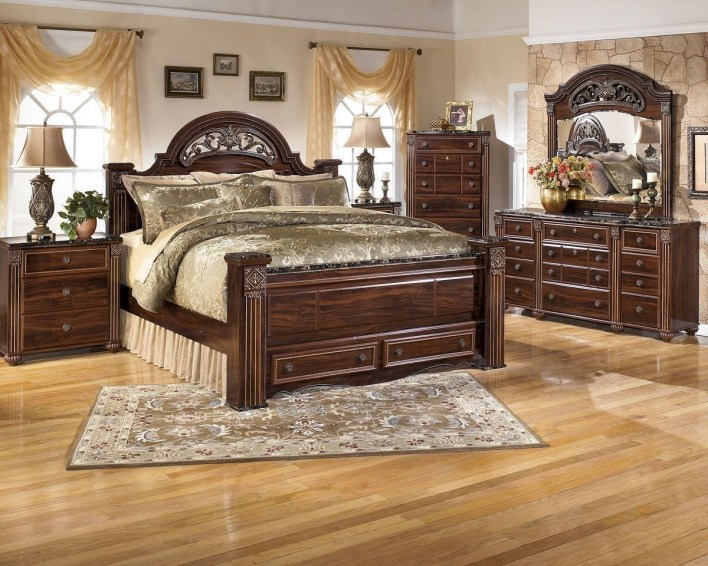 Huge Bedroom Decorating Ideas 15