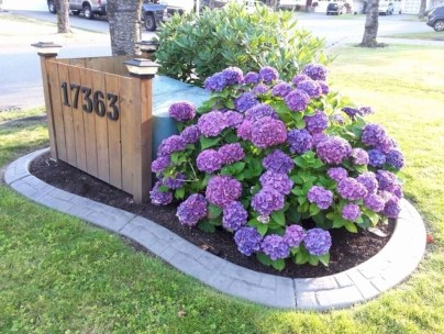 Landscaping Front Yard Ideas to Beautify Your Garden Design 12