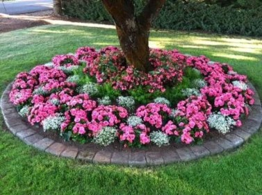 Landscaping Front Yard Ideas to Beautify Your Garden Design 70