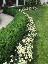 Landscaping Front Yard Ideas to Beautify Your Garden Design 75