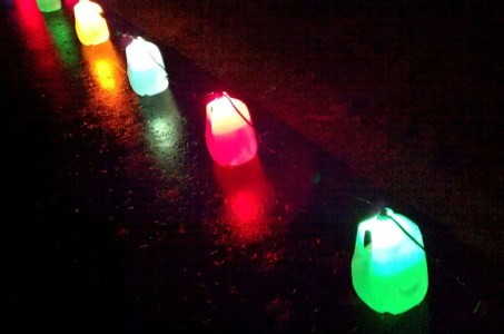 Recycled and Reuse Empty Plastic Bottles Into a String of Lights Ideas 02