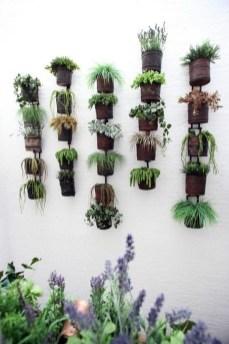 Stunning DIY Vertical Garden Design Ideas 31
