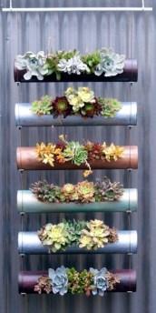 Stunning DIY Vertical Garden Design Ideas 32