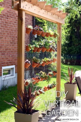 Stunning DIY Vertical Garden Design Ideas 60