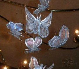 Ways to Reuse and Recycle Empty Plastic Bottles in Your Home Decoration 30