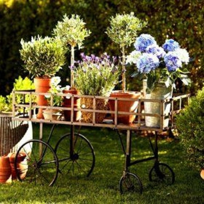 Amazing DIY Garden Decoration Idea You Must Try 29