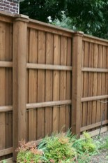 Amazing Farmhouse Privacy Fence to Perfect Your Backyard 31