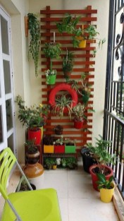 Basic Exterior Wall Into an Elegant Vertical Garden to Perfect Your Garden 05