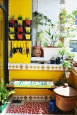 Basic Exterior Wall Into an Elegant Vertical Garden to Perfect Your Garden 27