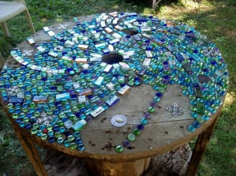 Beautiful DIY Mosaic Ideas To Beautify Your Garden 02