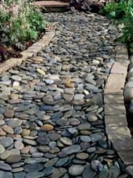 Beautiful DIY Mosaic Ideas To Beautify Your Garden 09