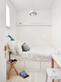 Best Maximizing Your Tiny Bedroom 15