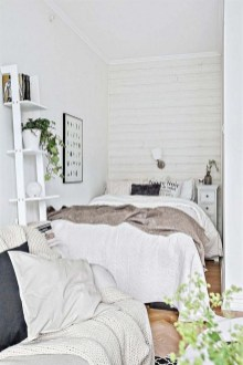 Best Maximizing Your Tiny Bedroom 16