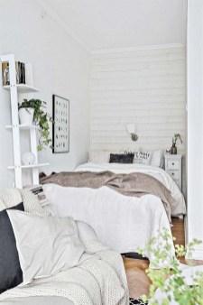 Best Maximizing Your Tiny Bedroom 16
