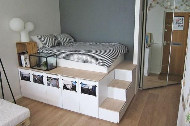 Best Maximizing Your Tiny Bedroom 41