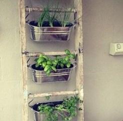 Cheap DIY Garden Ideas Everyone Can Do It 08