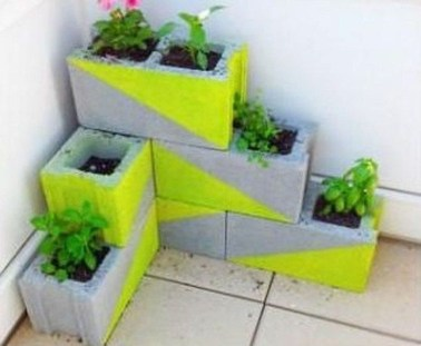 Cheap DIY Garden Ideas Everyone Can Do It 31