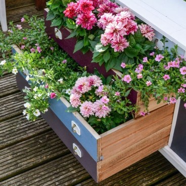 Cheap DIY Garden Ideas Everyone Can Do It 32