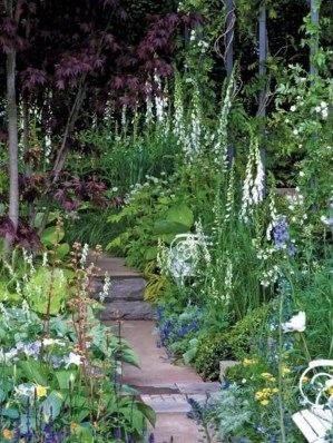 Clever Gardening Ideas with Low Maintenance 22