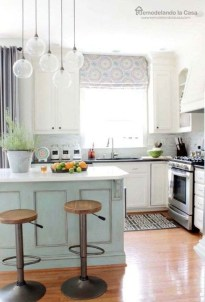 Cool Farmhouse Kitchen Decor Ideas On a Budget 19