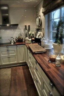 Cool Farmhouse Kitchen Decor Ideas On a Budget 45