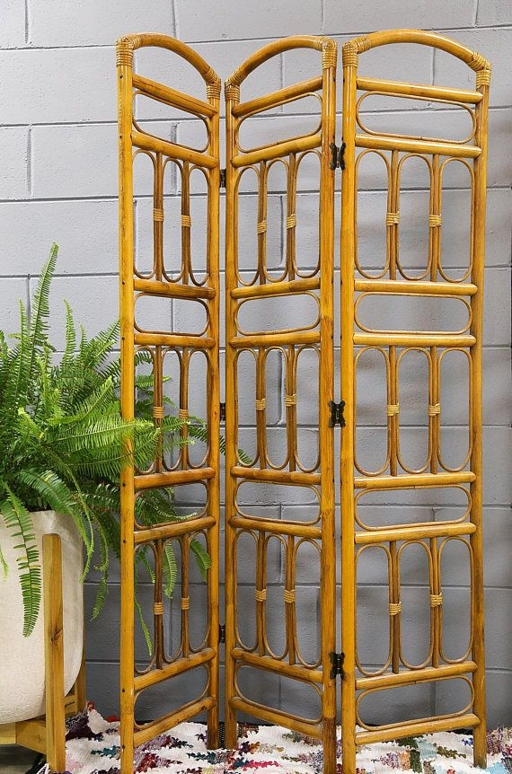 Cozy Room Divider for Small Apartments 34