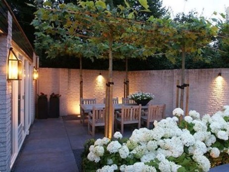 Gorgeous Front Fence Lighting Ideas to Apply Now 17