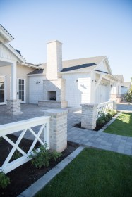 How to Coolest & Looks Bright, with Fences White-colored House 05