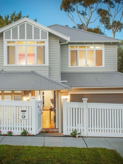 How to Coolest & Looks Bright, with Fences White-colored House 14