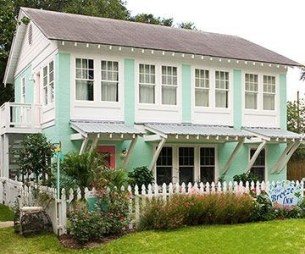 How to Coolest & Looks Bright, with Fences White-colored House 15