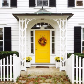 How to Coolest & Looks Bright, with Fences White-colored House 44