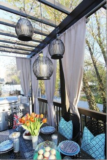 Outdoor Curtain Ideas to Spice Up Your Outdoor Space 42