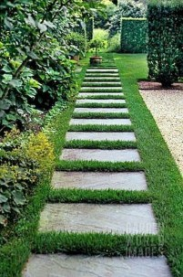 Stunning Garden Path and Walkways Design to Beautify Your Garden 31