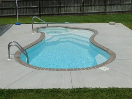 Top Trends Small Pools for Your Backyard 38