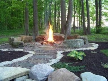 Wonderful Outdoor Firepit Ideas 29