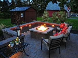Wonderful Outdoor Firepit Ideas 39