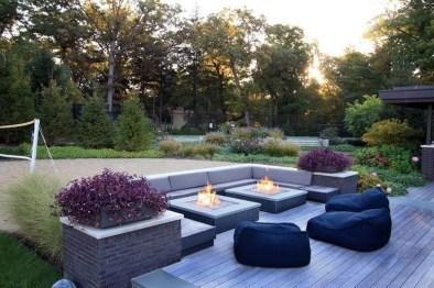Wonderful Outdoor Firepit Ideas 46