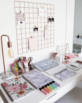 47 Interior Design 2019 for Decorating Your Comfortable Home Office 22