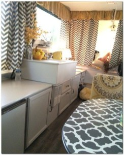 Amazing RV Decorating Designs and Project That You Have To Try 05