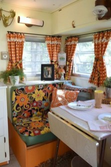 Amazing RV Decorating Designs and Project That You Have To Try 19