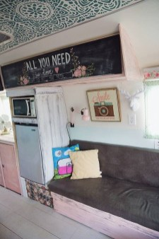 Amazing RV Decorating Designs and Project That You Have To Try 45